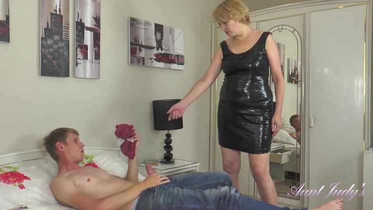 Aliona Catches a Panty Sniffer