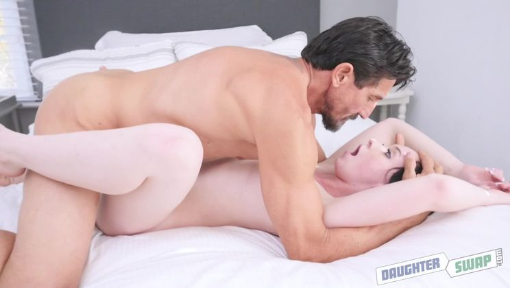Amateur Daddy Fucks Daughter
