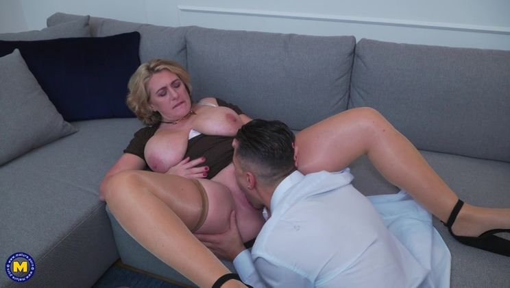 Camilla is in for a date filled with Anal, Squirting and creampie!