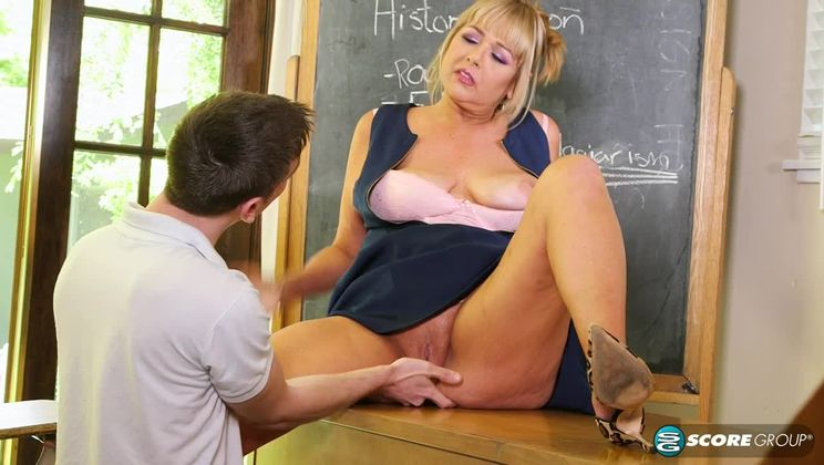 <b>Sex lessons, by Ms. Sheree Delight</b>