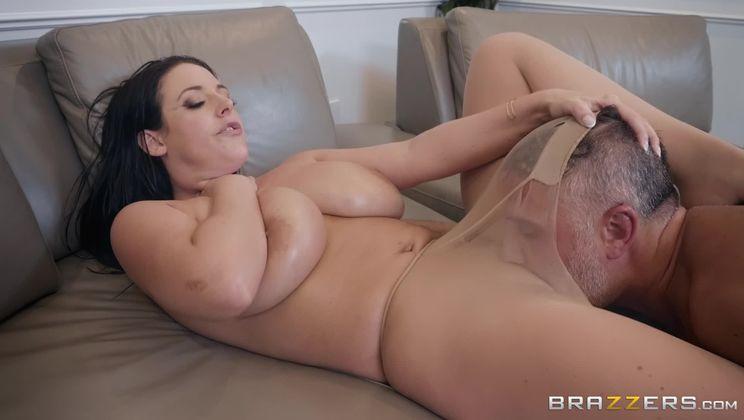Pounding Her Pantyhose