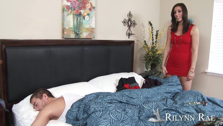Rilynn Rae,Xander Corvus Naughty Rich Girls