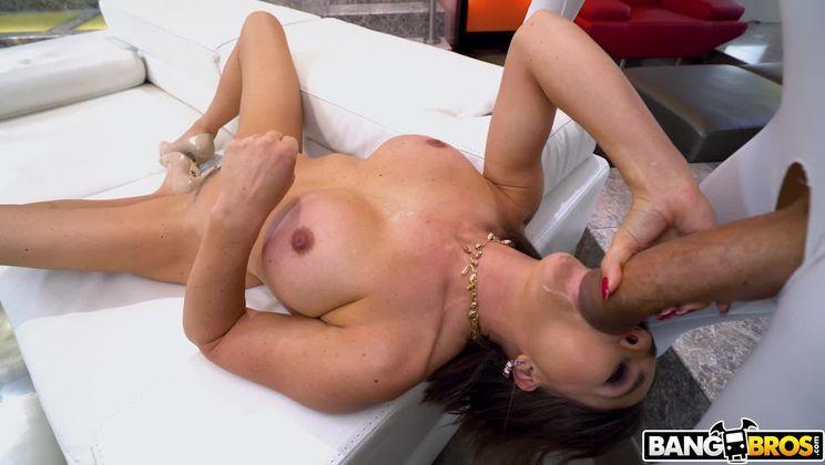 Krissy Lynn Takes On 18 Inches