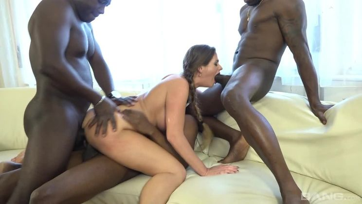 Cathy Heaven gets a balls deep double penetration during this gang bang
