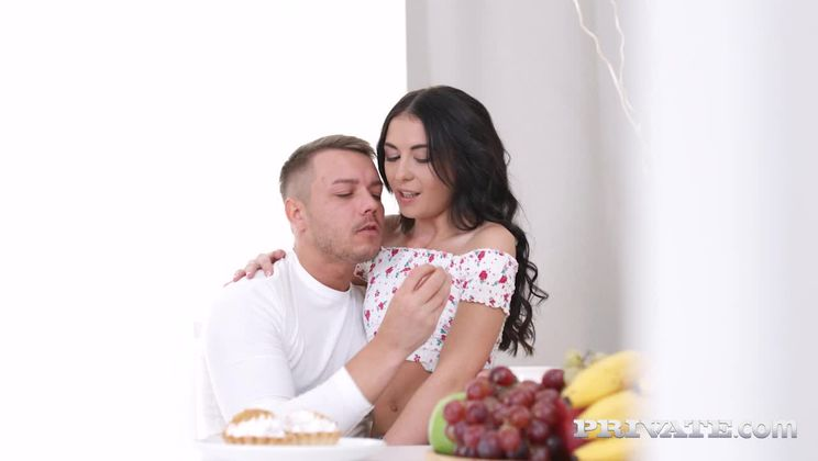 Roxy Sky, Anal and Squirting for Breakfast