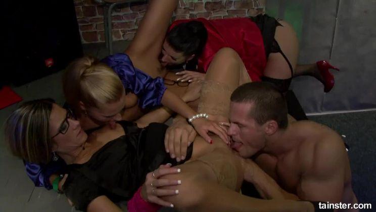 Prison Pussy Break Part 2 - Cam 2