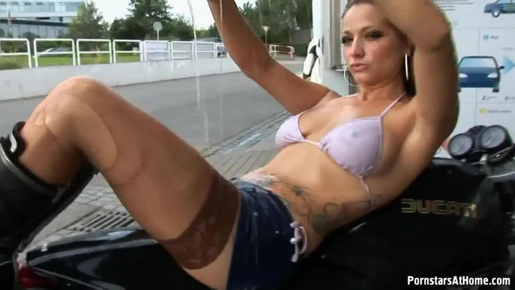 Motorcycle Chick Doesn't Just Wash Her Bike