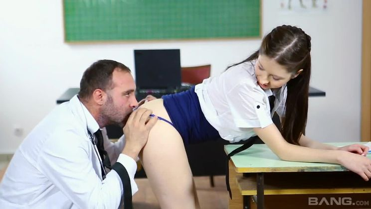 Rebecca Volpetti lets her professor teach her about hardcore anal