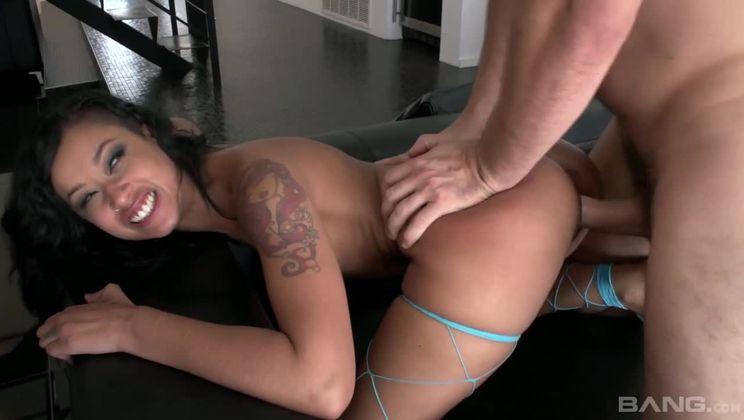 Amateur Girl Riding Dick