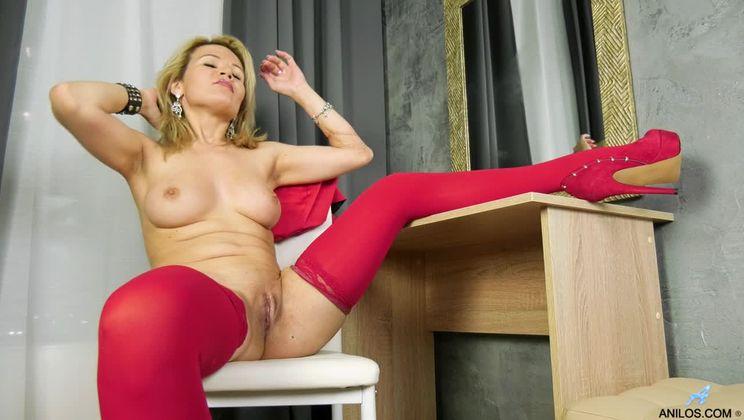 Ravish Me Red