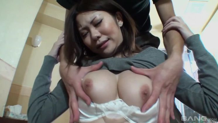 Miyu Ninomiya has her pussy filled with cum after an internal creampie