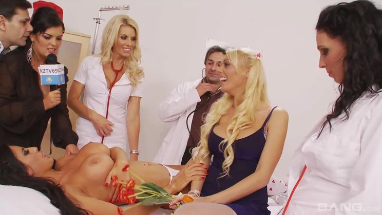 Jasmine Black, Tammie Lee and Maria Shane play naughty hospital orgy