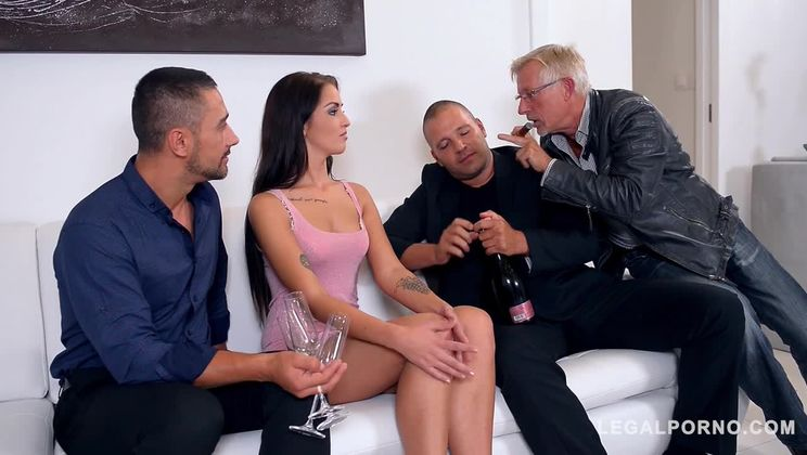 Voracious brunette Loren Minardi can't wait to feel two dicks inside her GP659