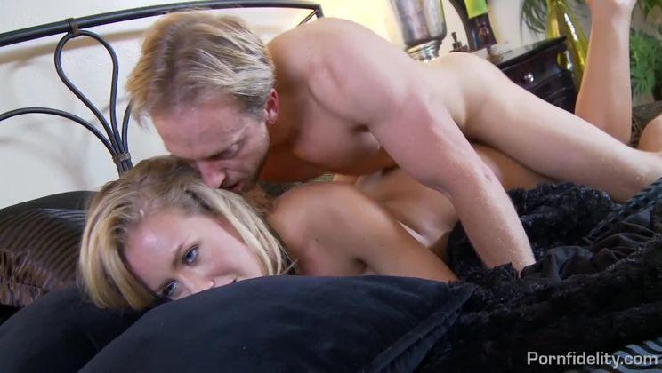 Nicole anistona y alex legend video porno Nicole Aniston Porn Veryfreeporn Com